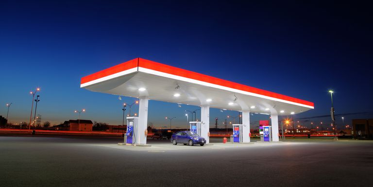 Esso Gas Station with C Store 45 mins from GTA