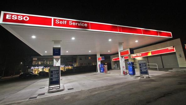 Esso Gas Station with Restaurant & Apartment
